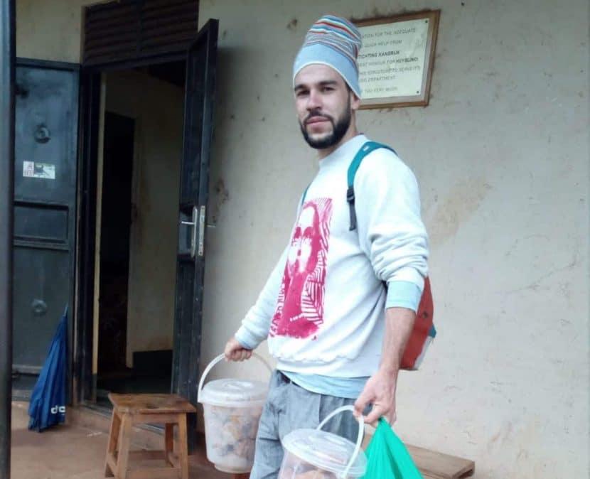 Freiwilliger Manu