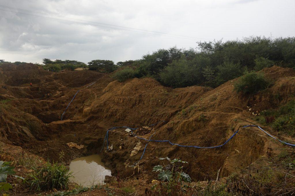 Kleine Goldminen in Busia (Ostuganda)