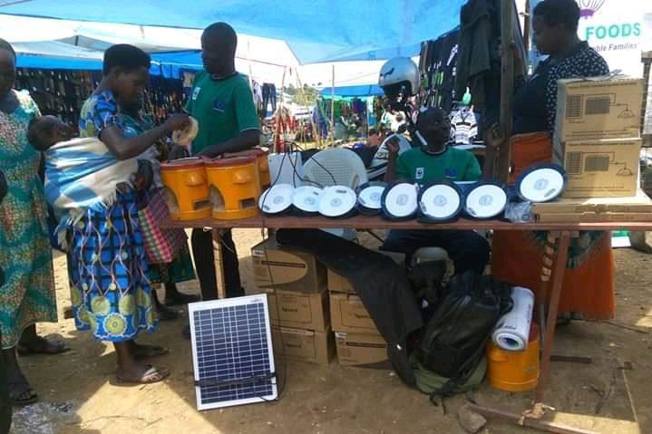 Verkauf von kleinen solarbetriebenen Öfen
