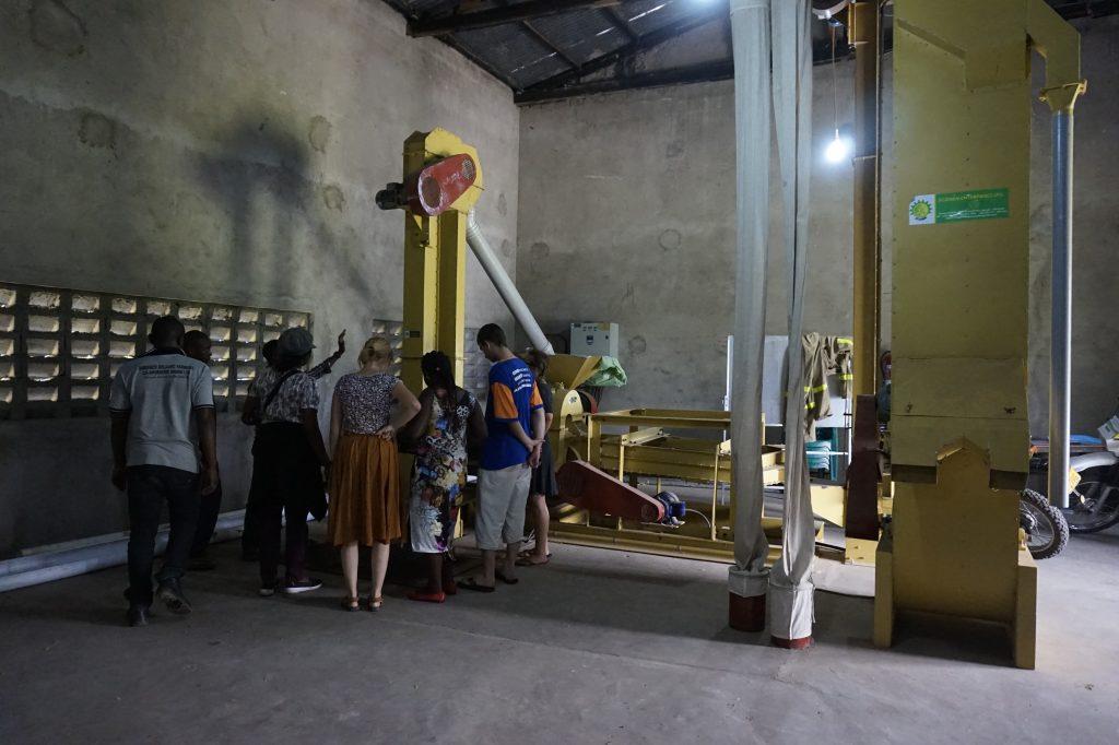 Die Kaffeebohnenröstmaschine einer Kooperative von Kiima Foods